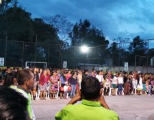 Agentes de la PMT de Villa Canales se quejan porque son obligados a participar en eventos políticos.( Foto Prensa Libre: cortesía)