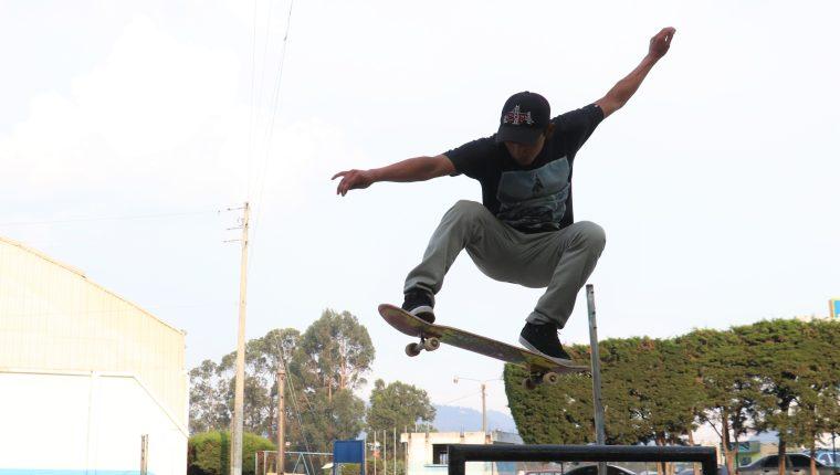 El Skateboard es un deporte muy practicado en Quetzaltenango, aunque hasta el 2018 se organizó como asociación. (Foto Prensa Libre: Raúl Juárez)