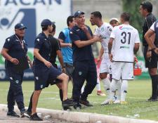 El técnico guatemalteco Iván Franco Sopegno peleará por el pase a semifinales con los cremas. (Foto Prensa Libre: Francisco Sánchez)