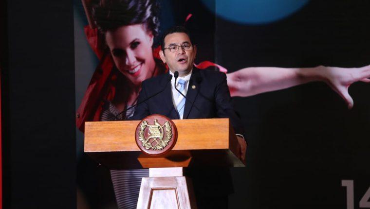 El presidente Jimmy Morales participa en una actividad con empresarios textiles. (Foto Prensa Libre: Esbin García)