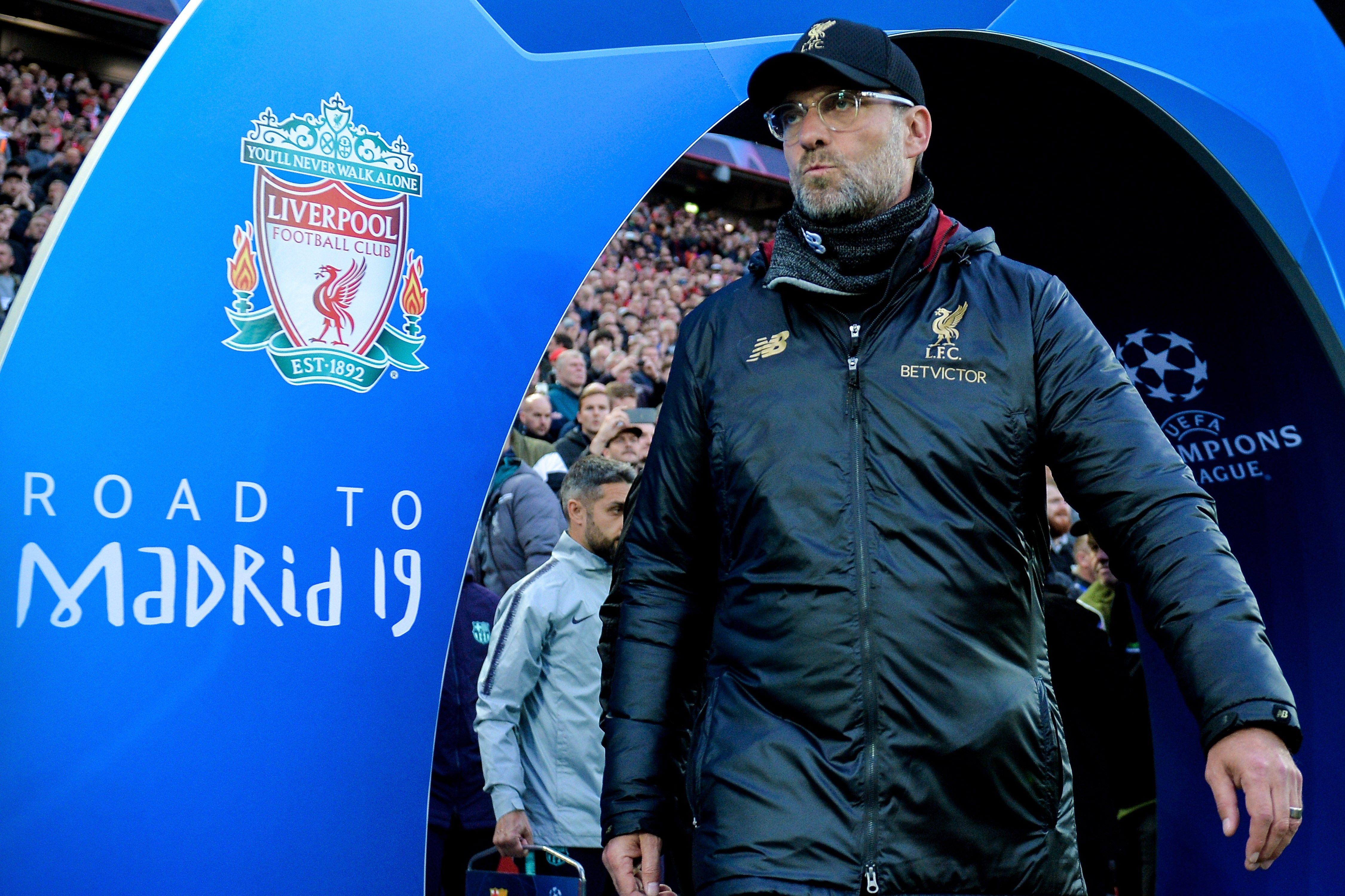 El entrenador en jefe del Liverpool Jurgen Klopp, reacciona por los precios de las finales europeas. (Foto Prensa Libre: EFE)