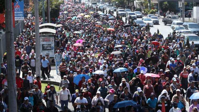 La ciudad de Guatemala constantemente es escenario de manifestaciones ciudadanas. (Foto Prensa Libre: Hemeroteca PL).