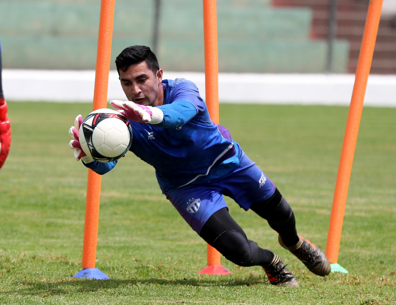 Luis Morán, portero de Antigua GFC, saldrá de titular en duelo de semfinal de vuelta contra Guastatoya. (Foto Prensa Libre: Carlos Vicente).