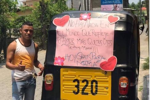 Lo que motivó a un piloto de tuc tuc a dar servicio gratuito en el Día de la Madre