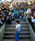 El documental sobre la vida de Maradona trata también una parte de su vida en Nápoles. (Foto Prensa Libre: Tomada del Documental de Maradona)