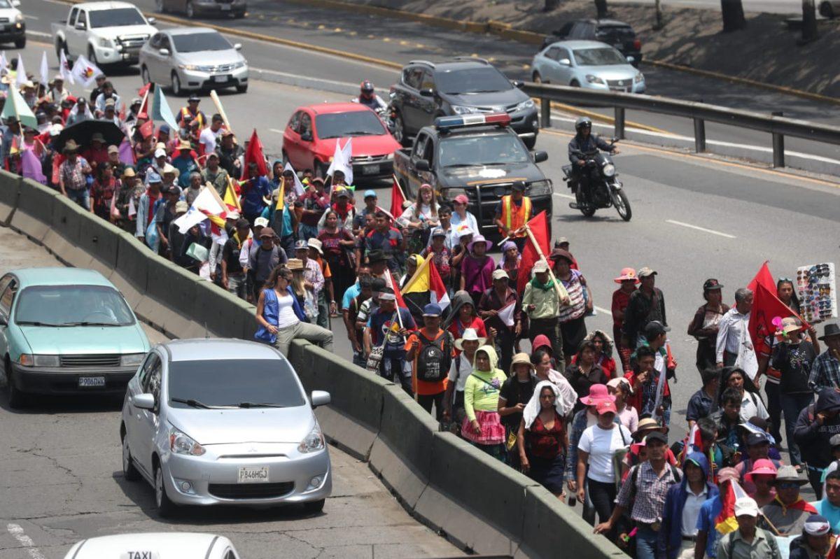 Las dos marchas que complicaron el tránsito en la capital