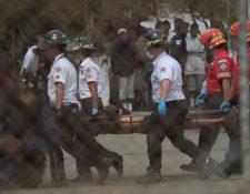 Un grupo de reos armados atacó en Pavón con armas de fuego y armas blancas a otros prisioneros con saldo de siete muertos y 19 heridos. (Foto Prensa Libre: Érick Ávila)
