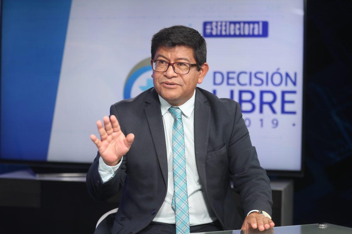 """Benito Morales: """"La economía se debe balancear y democratizar"""""""
