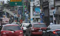Candidatos de partidos pol'ticos  colocan en la ciudad capital, afiches como parte de la propaganda electoral , elecciones 2019.                                                                                              Fotograf'a Esbin Garcia 10-05- 2019.