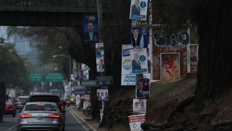 Conforme avanza la campaña electoral se ve más propaganda. (Foto Prensa Libre: Hemeroteca PL)