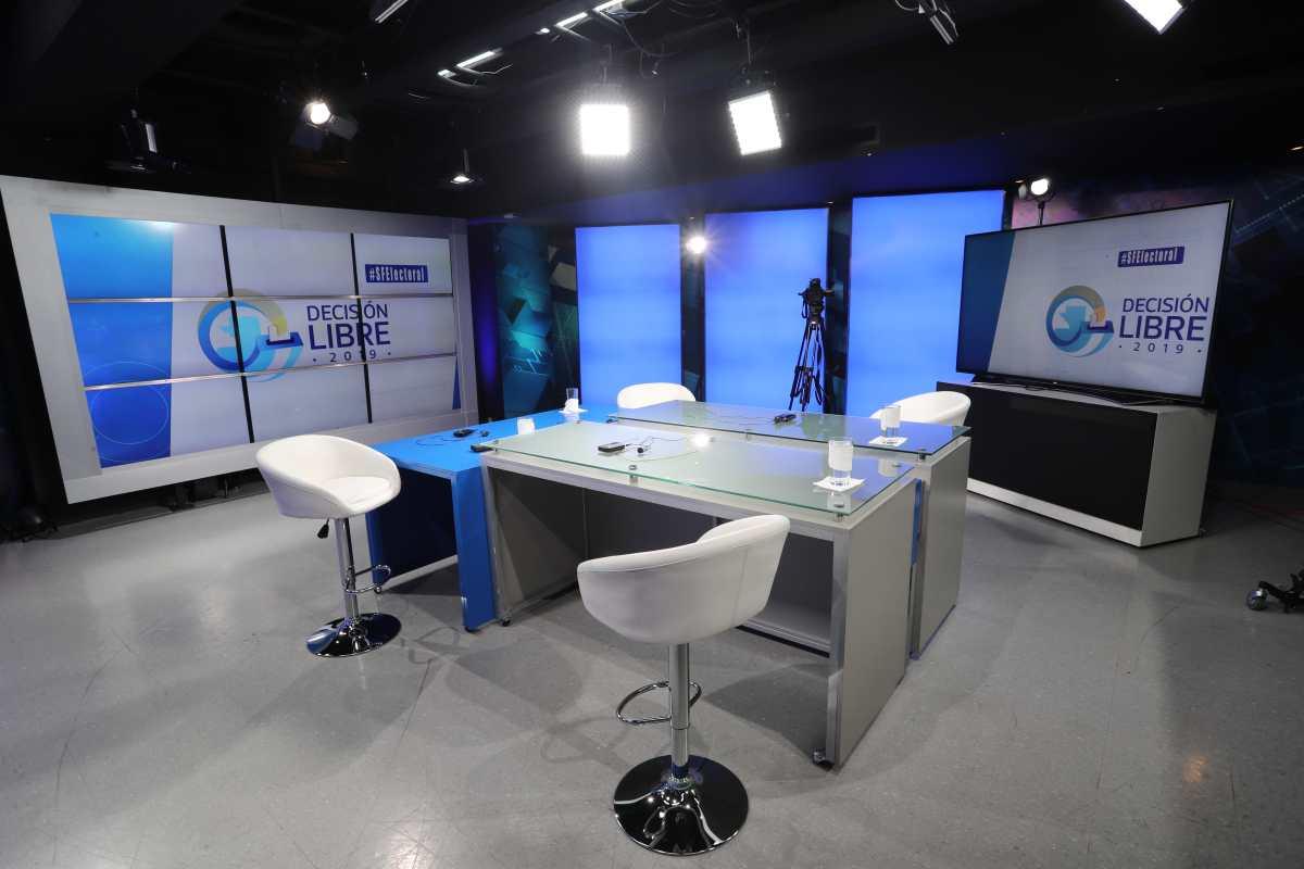 Empiezan entrevistas con candidatos a diputados