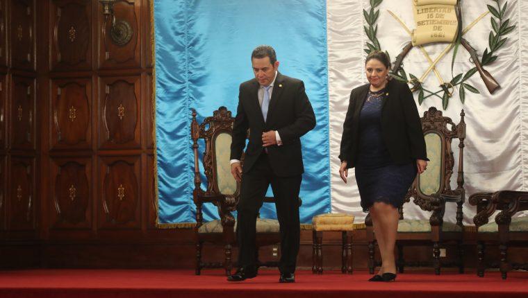El presidente Jimmy Morales y la canciller Sandra Jovel son señalados por nombramientos anómalos. (Foto Prensa Libre: Hemeroteca PL)