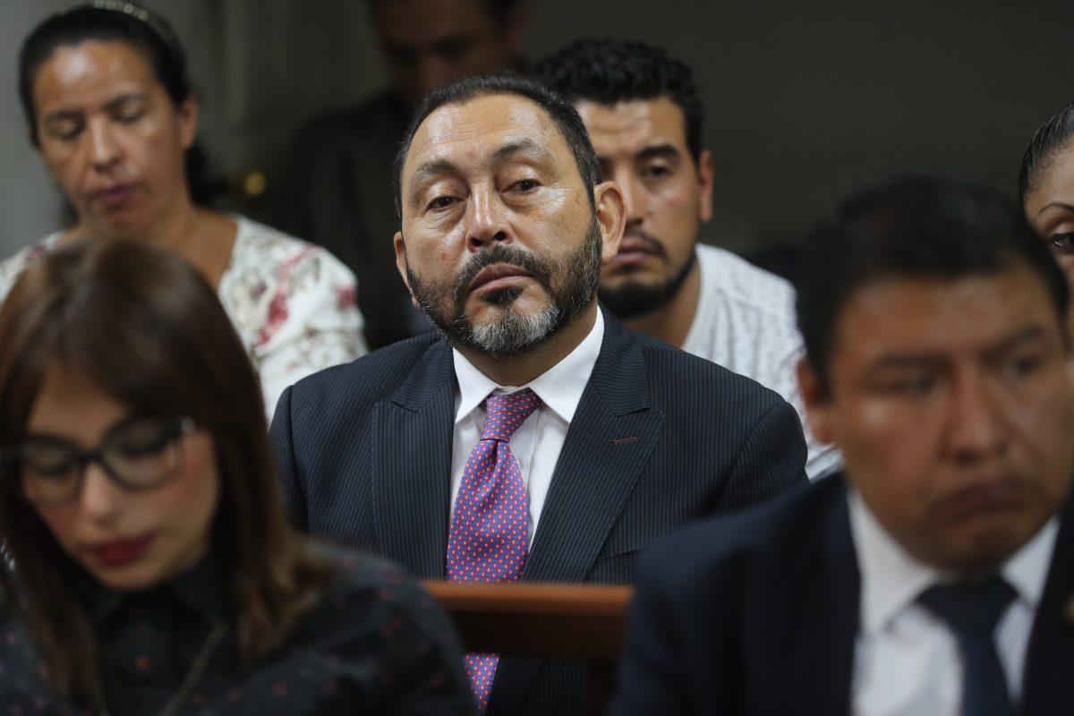 Sala confirma condena de 13 años de cárcel en contra de exministro de Gobernación Mauricio López Bonilla