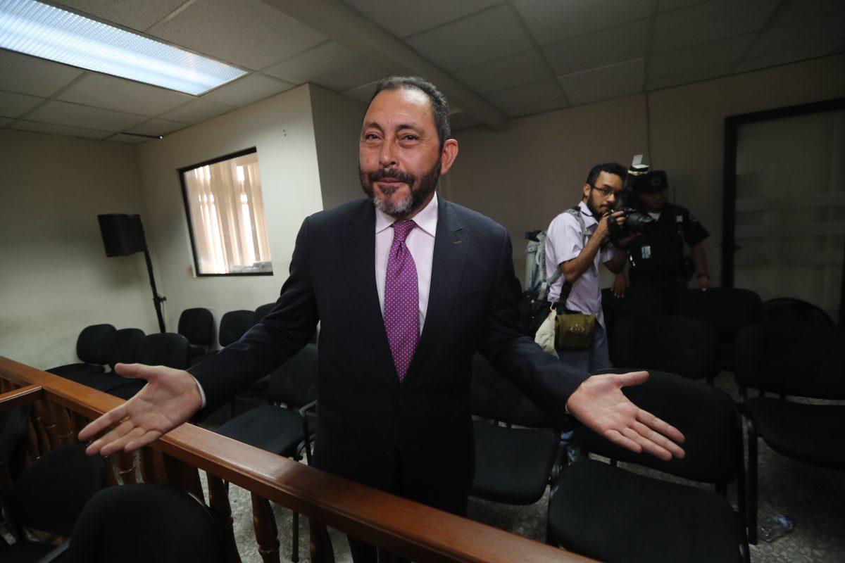 Sala propicia revés judicial al exministro de Gobernación Mauricio López Bonilla