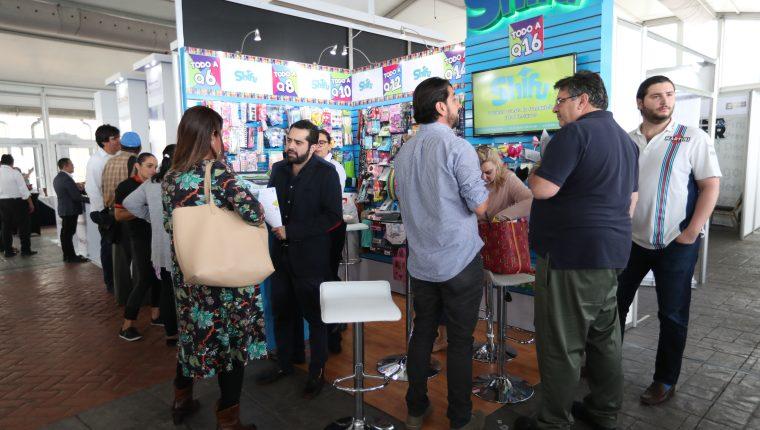 La microfranquicia Shifu participó en el Encuentro Internacional de Franquicias y en total vendieron 10 conceptos en Guatemala. (Foto Prensa Libre: Raúl Juárez)