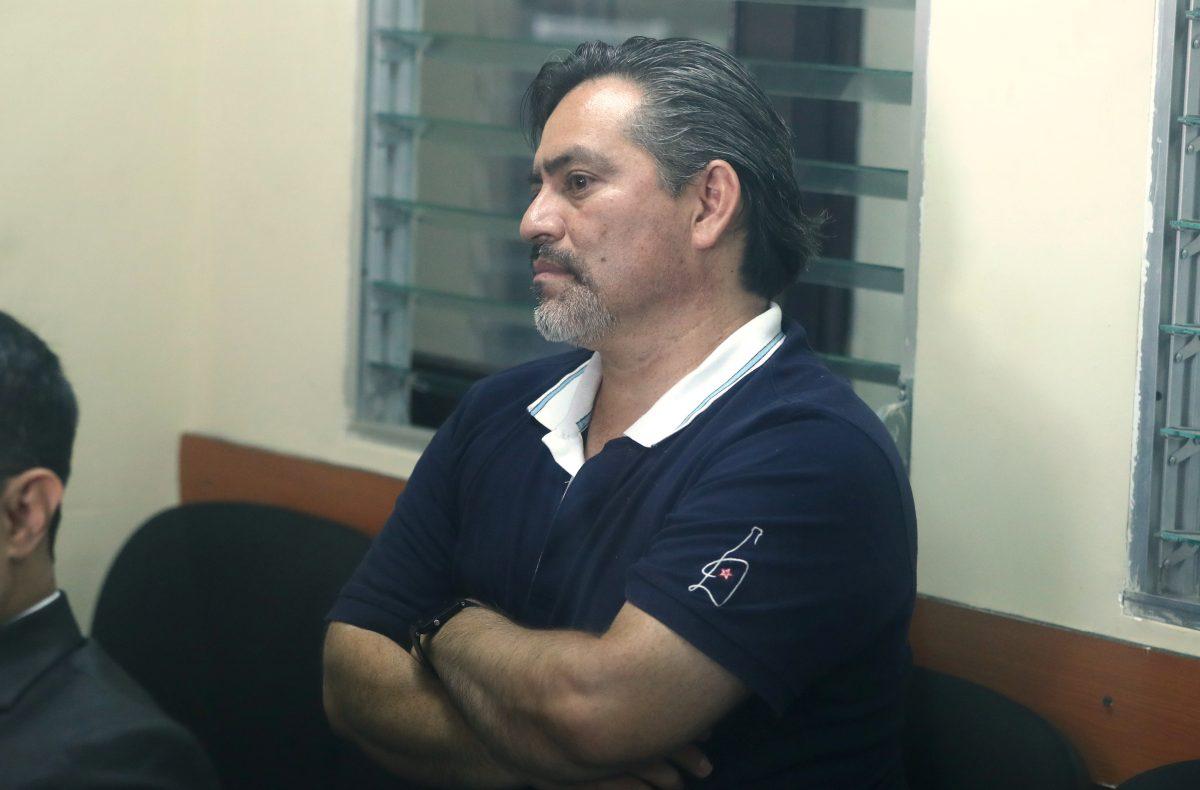 Exdiputado Édgar Cristiani es condenado a tres años y seis meses de prisión conmutables por una plaza fantasma en el RIC
