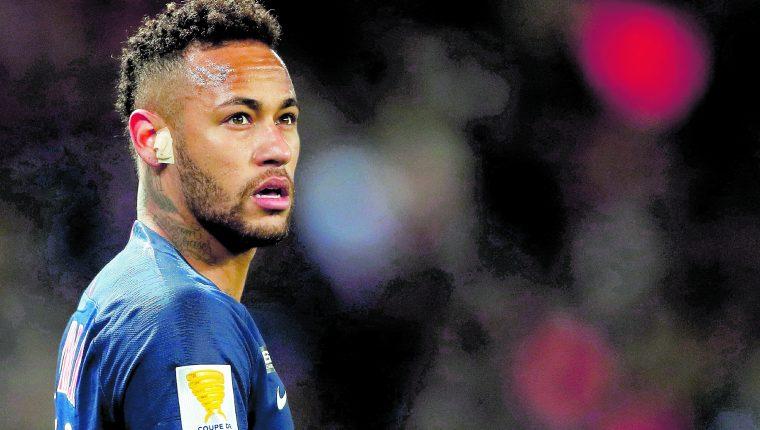 Neymar del París Saint Germain, podría cambiar de colores. (Foto Prensa Libre: EFE)