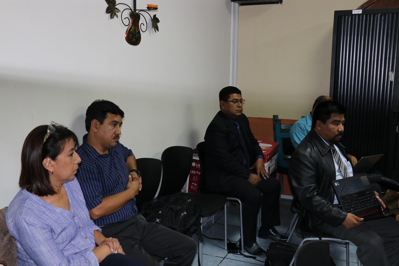Los concejales de San Miguel Dueñas, Sacatepéquez, Ana Johana Vásquez Girón y Edgar Amilcar García Ortiz integraron la Comisión de Finanzas y quedaron ligados a proceso por incumplimiento de deberes. (Foto Prensa Libre: Julio Sicán)