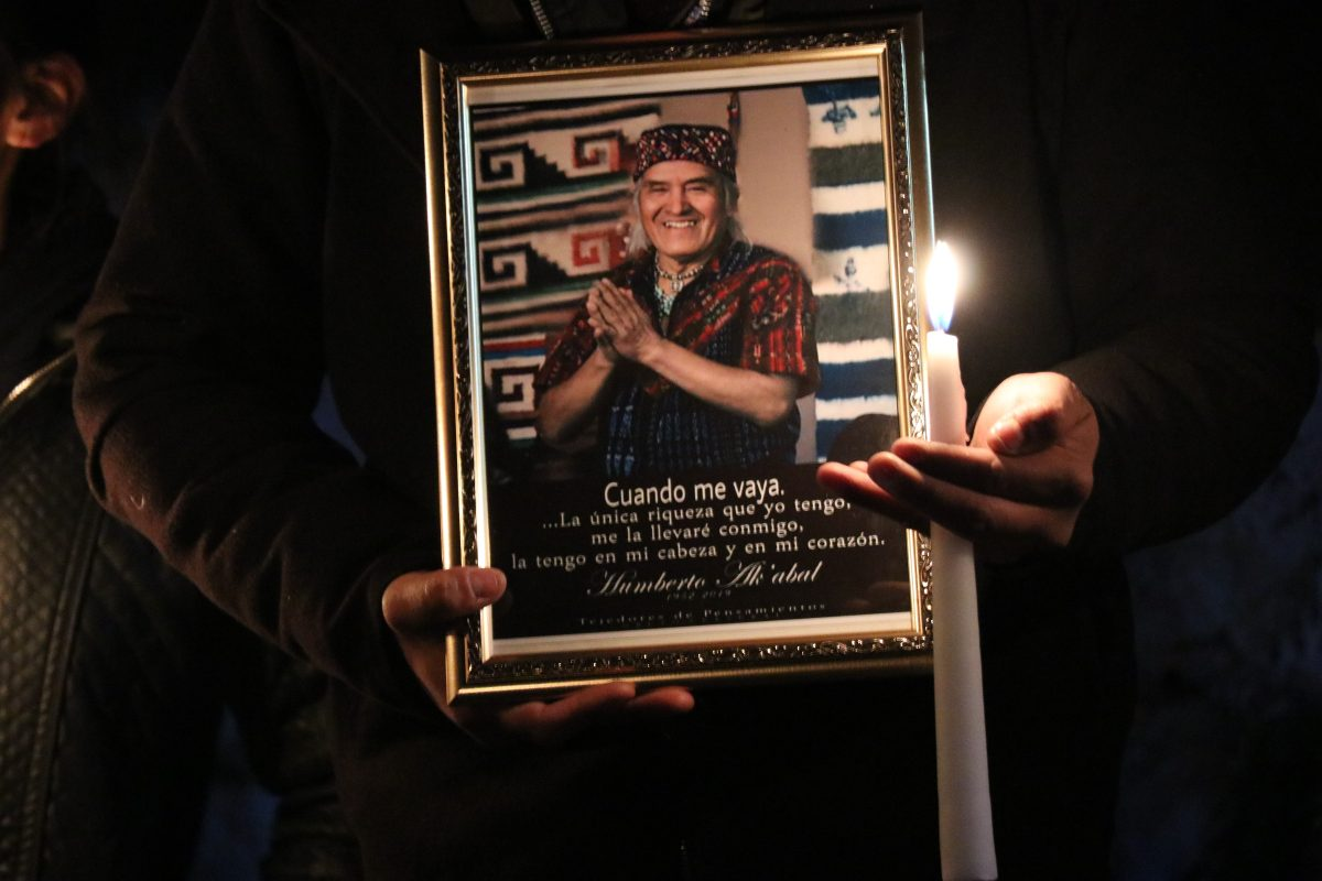 Inaugurarán sitio de lectura en honor al poeta Humberto Ak'abal