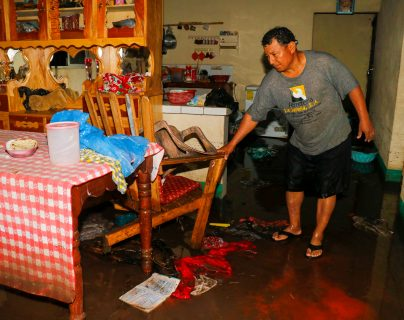 Varios sectores de Retalhuleu han sido afectados por las inundaciones. (Foto Prensa Libre: Rolando Miranda)