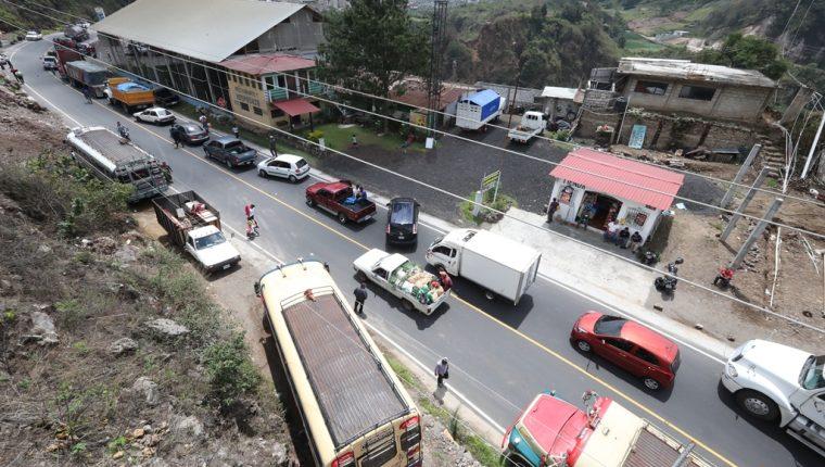 Los vecinos de Cantel bloquearán de nuevo la ruta Cito-Zarco en Zunil la próxima semana. (Foto Prensa Libre: Mynor Toc)