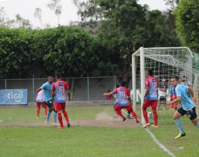 Sanarate logró hacer valer su condición de local para mantenerse vivo en la Liga Nacional. (Foto Prensa Libre: Cortesía)