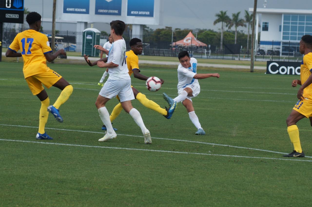 La Selección Sub 17 de Guatemala no pudo contra Barbados. (Foto Prensa Libre: CDG)