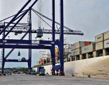 La terminal que construyó APMTerminals está ubicada en Puerto Quetzal, Escuintla. (Foto Prensa Libre: Hemeroteca PL)