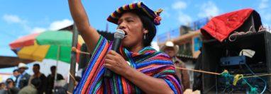 Thelma Cabrera, candidata a la presidencia por el MLP, visita San Carlos Sija, Quetzaltenango. (Foto Prensa Libre: Carlos Hernández)