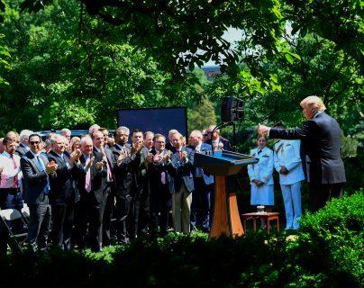 El presidente anuncia la propuesta de reformas migratorias en la Casa Blanca. (Foto Prensa Libre: AFP)