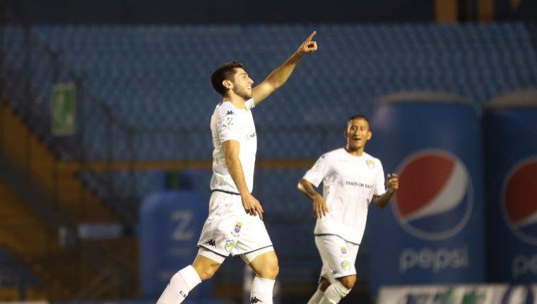 Nicolás Samayoa anotó su primer tanto en la Liga Nacional con Comunicaciones. (Foto Prensa Libre: Carlos Vicente)