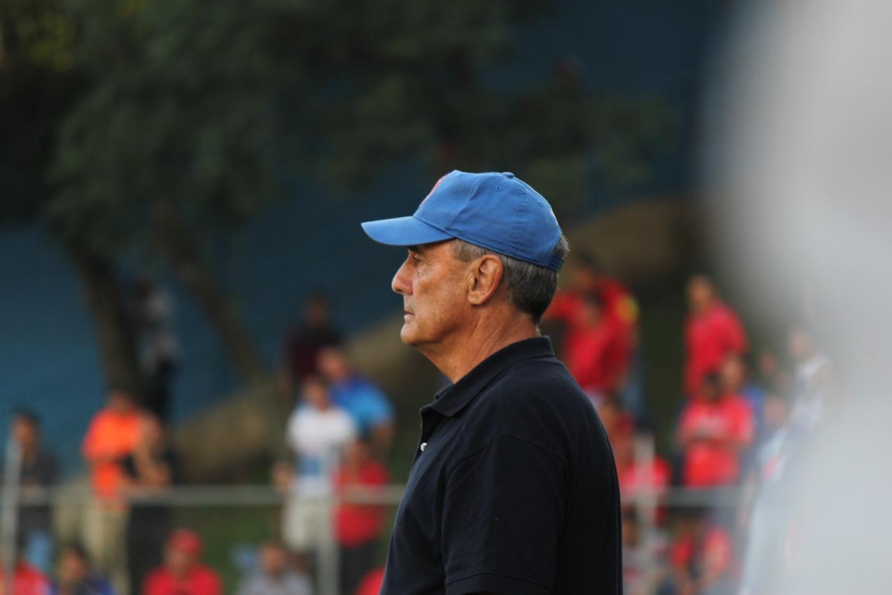 Horacio Cordero tendrá la revancha para intentar tener un papel más decoroso con Municipal en el próximo torneo. (Foto Prensa Libre: Hemeroteca PL)