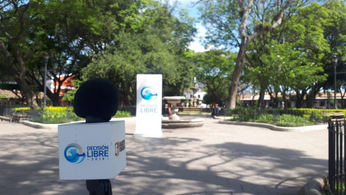Cabildo Abierto llega a Antigua Guatemala y vecinos exigen un gobierno municipal capacitado