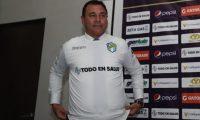 Mauricio Tapia dirigirá a los cremas durante el Apertura 2019 y el Clausura 2020 de la Liga Nacional. (Foto Prensa Libre: Carlos Vicente)