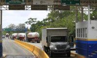 La unión aduanera entre Guatemala, El Salvador y Honduras es uno de los avances más inmediatos, así como la reducción de los tramites. (Foto Prensa Libre: Hemeroteca)