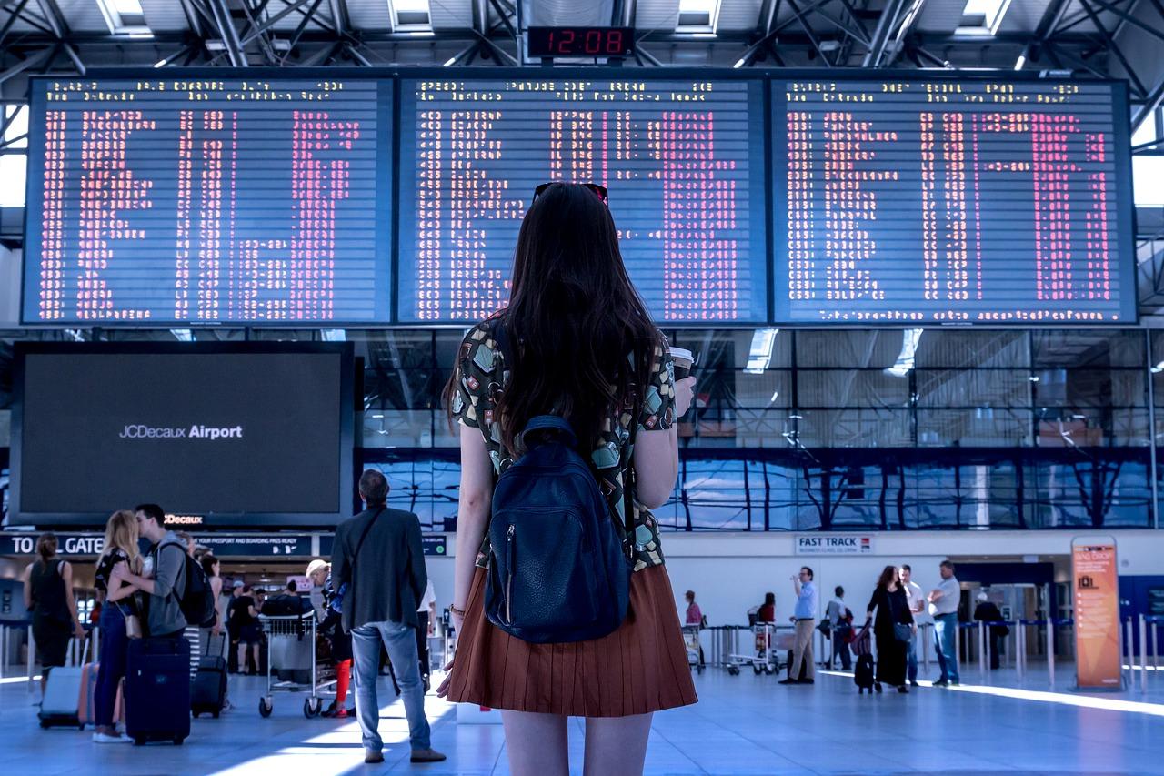 Emprender la tarea de buscar las mejores tarifas de boletos aéreos en línea puede parece abrumador. (Foto Prensa Libre: Servicios)