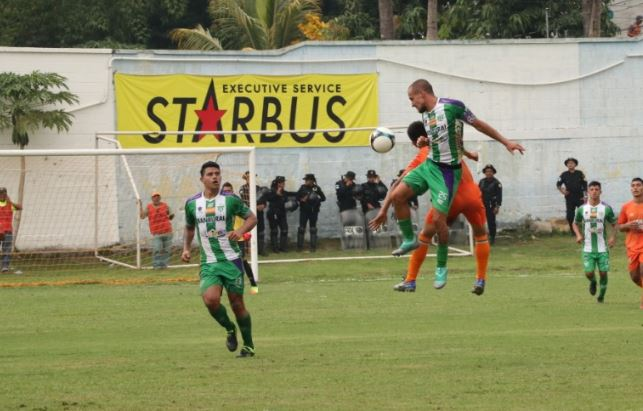 Antigua logró los tres puntos en su visita a Siquinalá y sigue disputa por el primer lugar del Clausura. (Foto Prensa Libre: Carlos Paredes).