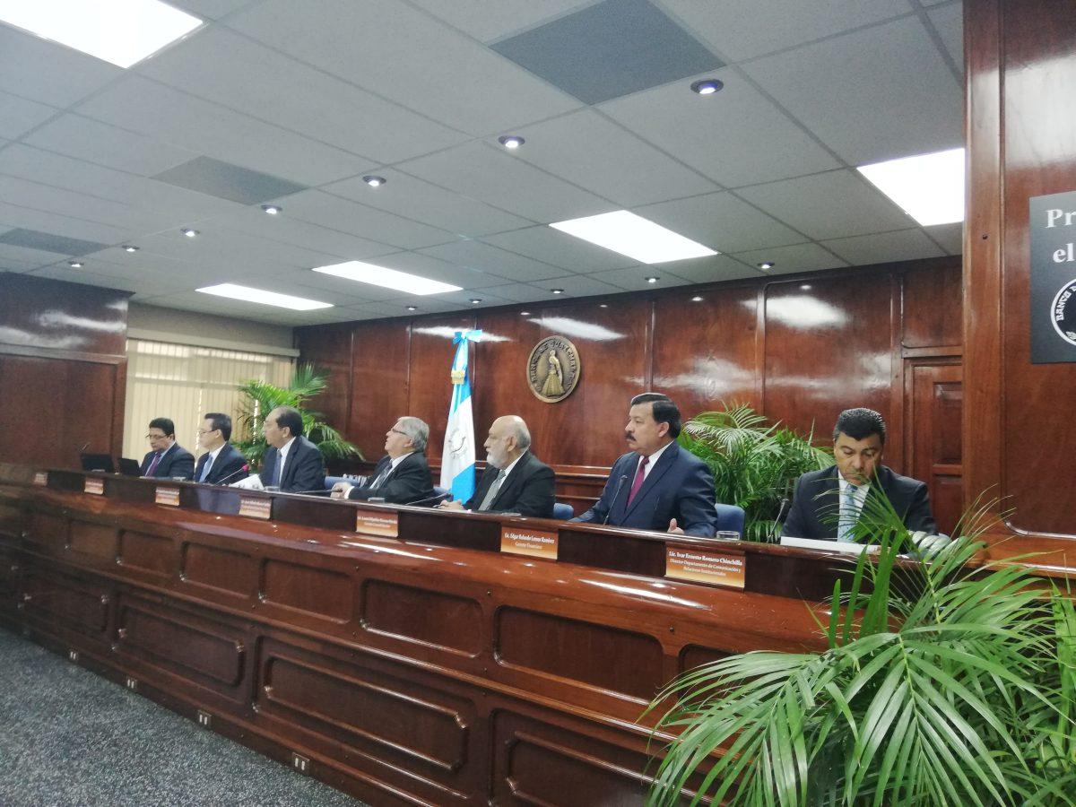 Presupuesto 2021: Junta Monetaria avala histórica emisión de deuda pública
