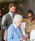 La reina Isabel II conoció el miércoles a su nieto, hijo de los duques de Sussex. (Foto Prensa Libre: AFP)