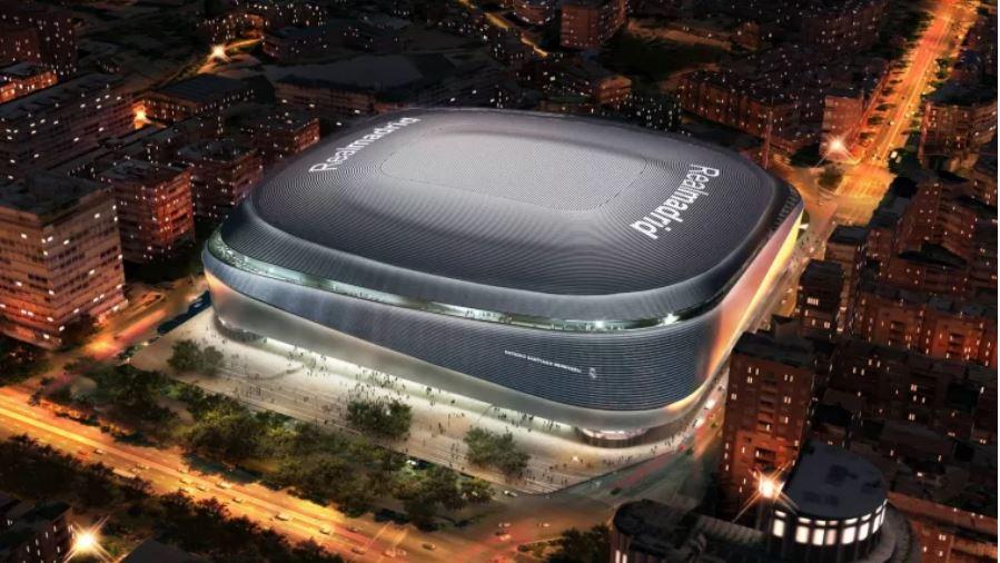 Así lucirá el estadio Santiago Bernabéu después de la remodelación, se tiene proyectado que terminen las obras en agosto de 2022. (Foto Prensa Libre: @RealMadrid)