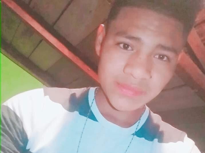 Carlos Gregorio Hernández era un joven entusiasta al que le gustaba tocar instrumentos musicales.  Foto Prensa Libre: Beto Dubón)