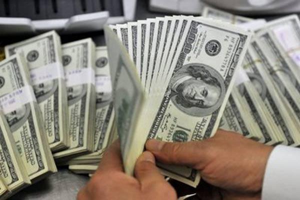 ¿Cuál fue la causa por la que el dólar subió cinco centavos en los últimos siete días?