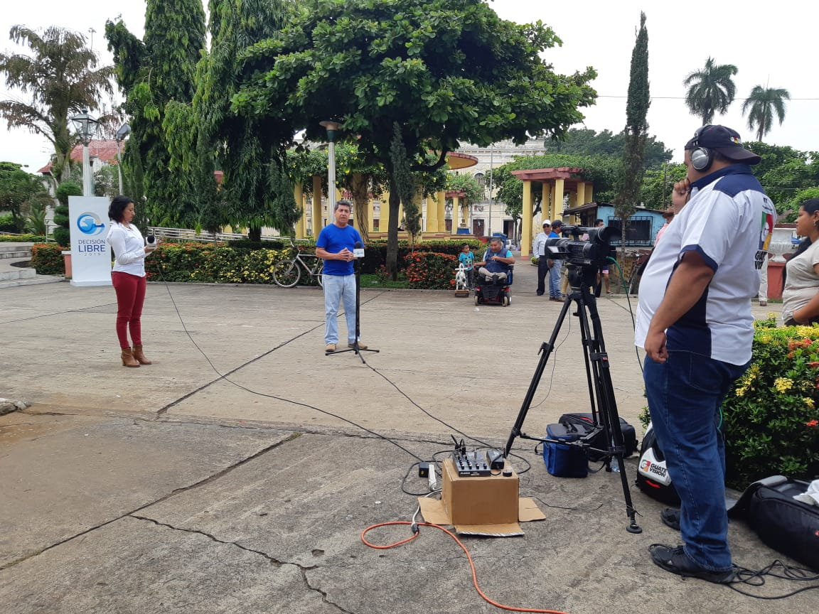 Cabildo Abierto de Prensa Libre y Noticiero Guatevisión se transmitió desde Retalhuleu. (Foto Prensa Libre: Rolando Miranda)