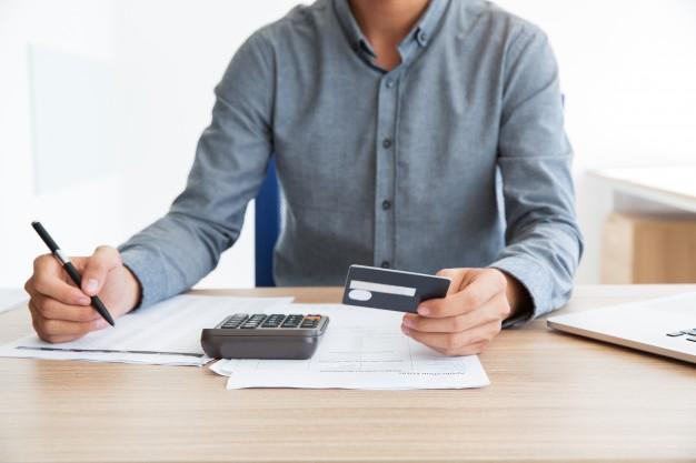 El historial crediticio es la carta de presentación al momento de solicitar crédito en una institución financiera. (Foto Prensa Libre: revistasumma.com)