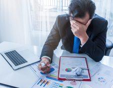 El historial crediticio contiene información del comportamiento del endeudamiento directo de una persona, en su calidad de deudor,  como codeudor, fiador o aval. (Foto Prensa Libre: Shutterstock)