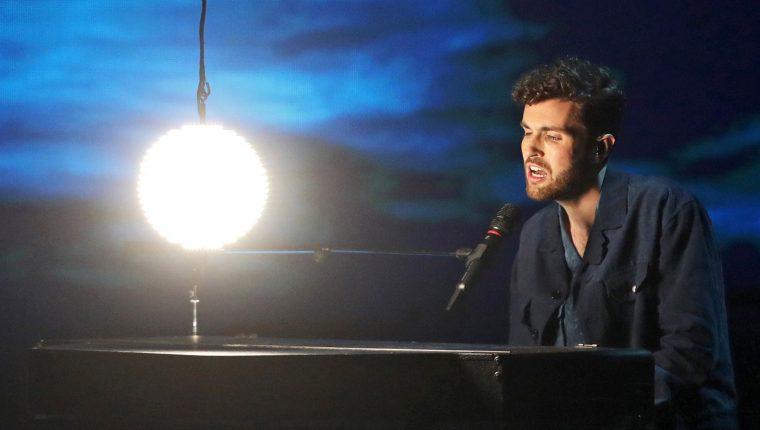 El holandés Duncan Laurence, durante el ensayo de su actuación en la final de la 64 edición del Festival de Eurovisión, (FOTO: EFE/ Abir Sultan)