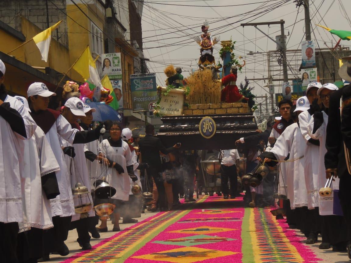 Fotogalería: procesión del Zarquito realza feria de Amatitlán