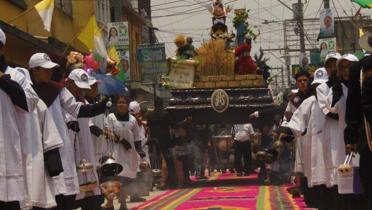 Procesión del Niño Zarquito de Amatitlán.