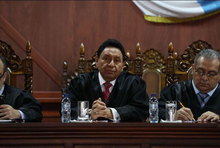 Francisco de Mata Vela es el magistrado de la CC que está de viaje. (Foto Prensa Libre: Hemeroteca PL)