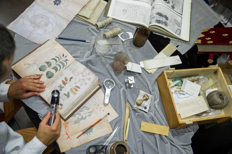 El manuscrito de Voynich representa un desafío para los lingüistas y criptógrafos. (Foto: AFP)